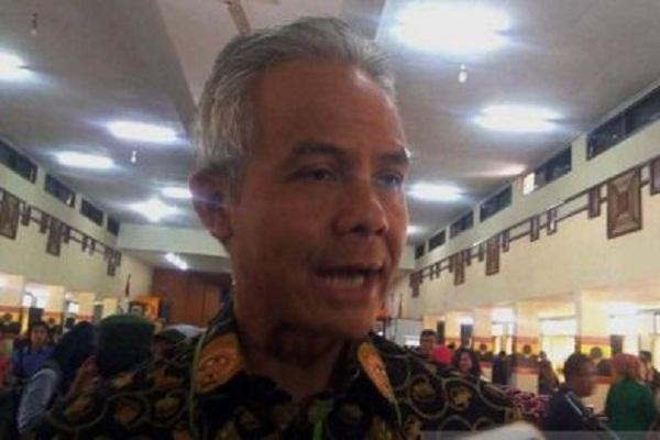 Gubernur Jateng Ancam Copot Guru Terpapar Radikalisme