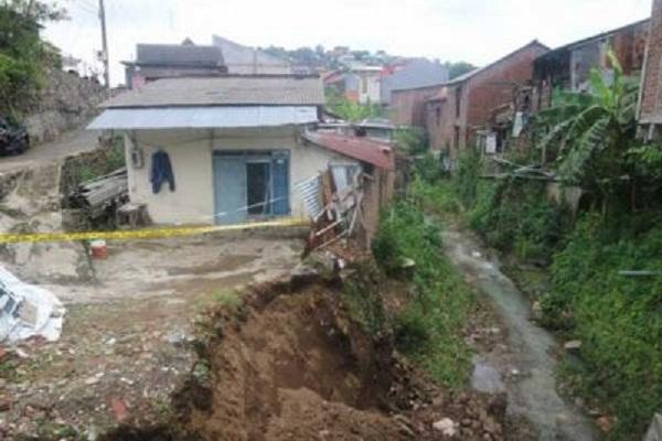Belum Sebulan, Kota Semarang Sudah 21 Kelongsoran