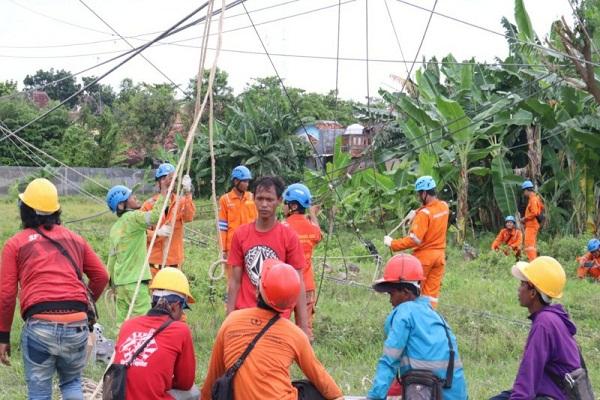 PLN Jateng Klaim Pulihkan Listrik Pascarobohnya Tower di Rembang