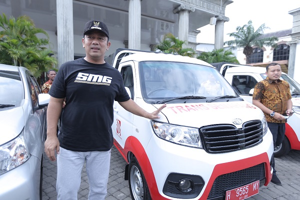 Pemkot Semarang Jadikan Mobil Esemka Mobil Dinas