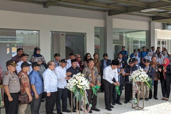 Undip Resmikan Gedung Baru di Rembang