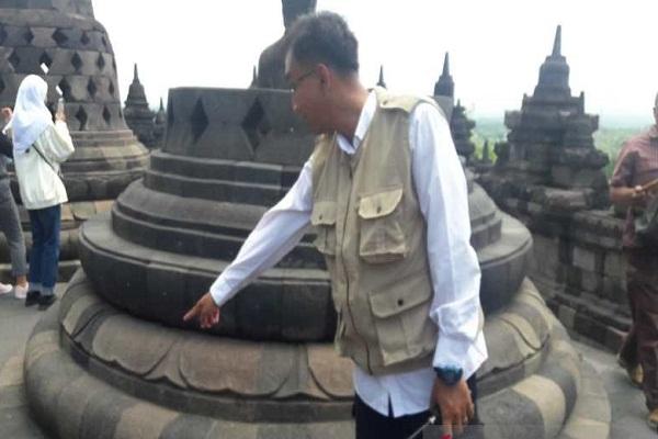 Duh, 3.000 Permen Karet Ditempelkan di Candi Borobudur…