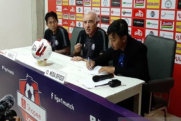Liga 1 Indonesia Diliburkan demi Hindari Covid-19