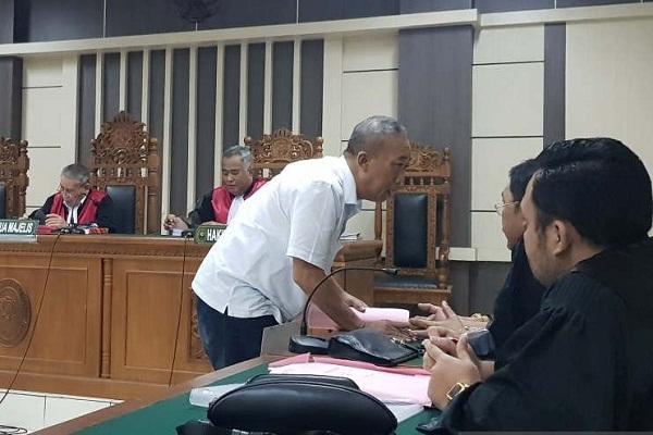 Tuntutan bagi Mantan Aspidsus Kejaksaan Jateng 3 Tahun Penjara