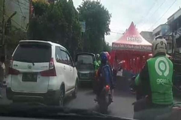 Festival Kuliner Jl. Depok Semarang Dituding Bikin Macet