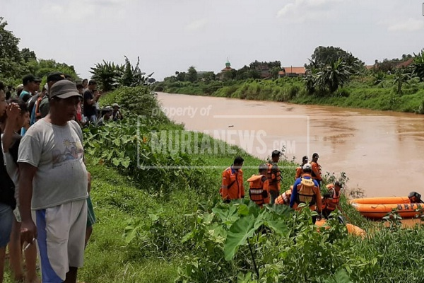 Warga Pengendara Motor di Jepara Tenggelam di Sungai SWD 1
