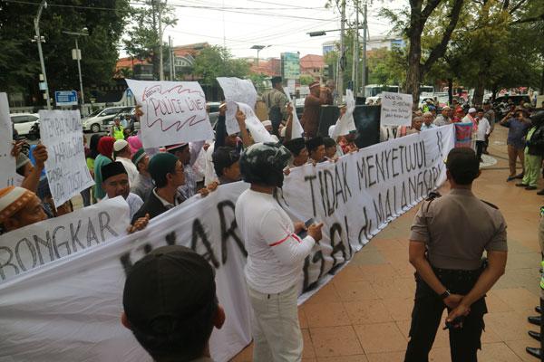 Tolak IMB Gereja, Warga ke Balai Kota Semarang