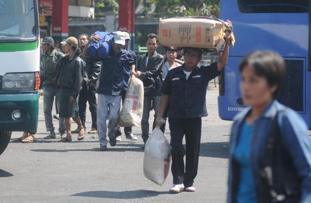 Jokowi Keluarkan Larangan Mudik, 600.000 Warga Jateng Sudah Pulang Kampung