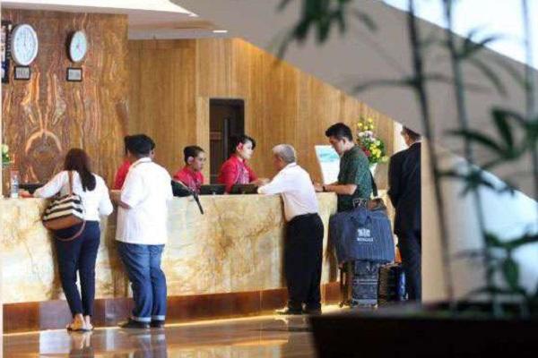 Libur Panjang di Jateng, Ganjar Ancam Hotel & Restoran Tutup Jika Tak Mampu Penuhi 3M