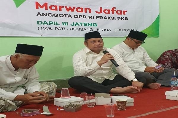Reses di Rembang, Mantan Menteri Desa Soroti Harga Garam