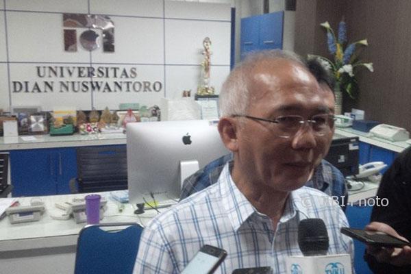 Covid-19 Mewabah, Udinus Semarang Tunda Wisuda