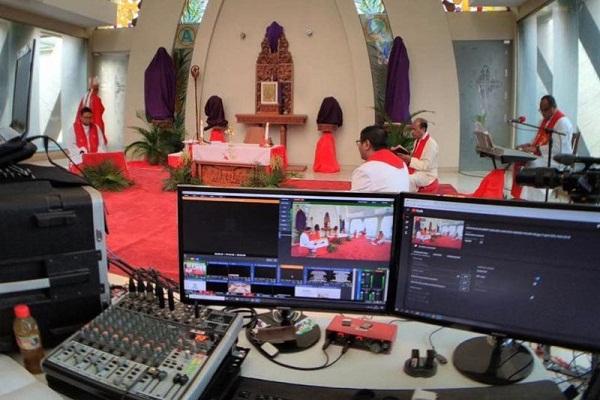 Misa Minggu Palma Keuskupan Agung Semarang Digelar Streaming