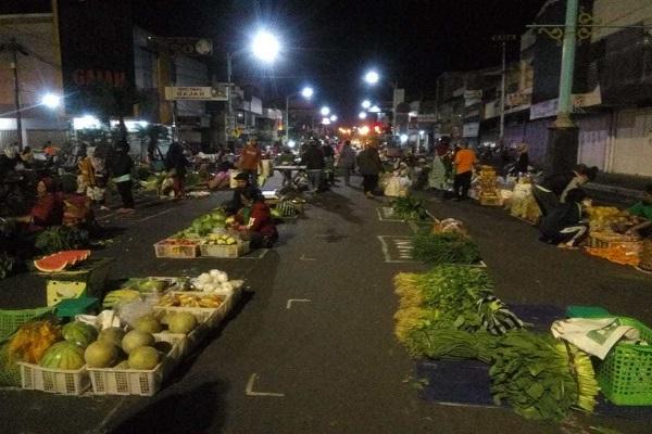 Ikuti Pasar Salatiga, Pasar Bintoro Demak Lakukan Penerapan Jarak