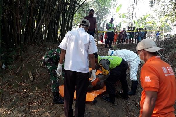 Diduga Over Dosis Lem, Pemuda Geyer Grobogan Tewas di Tepi Sungai