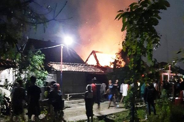 Gegara Korsleting Rumah Warga Godong Grobogan Ludes Terbakar