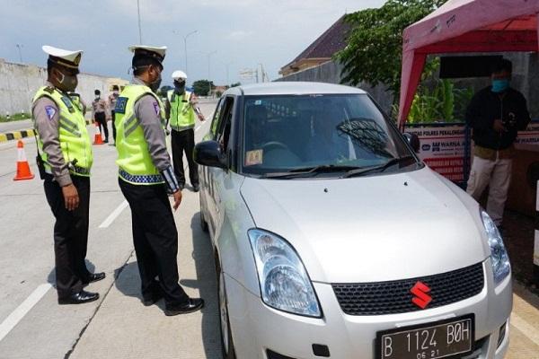 Di Pekalongan, Polisi Tak Lemahkan Pencegahan Pemudik Balik Jakarta