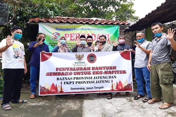 FKPT & Baznas Jateng Beri Sembako ke Eks Napi Teroris
