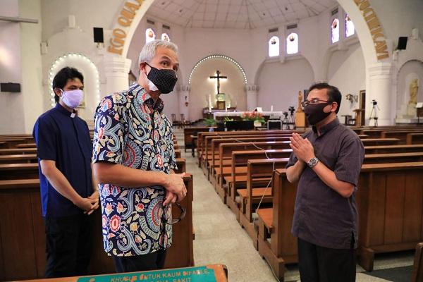 Gereja Katedral Semarang Perpanjang Ibadah Secara Daring