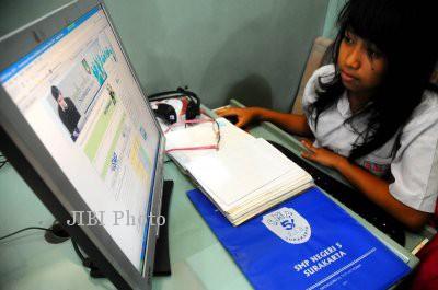 Daya Tampung SMA/SMK Negeri di Jateng Pada PPDB 2020 Susut 7.941 Siswa