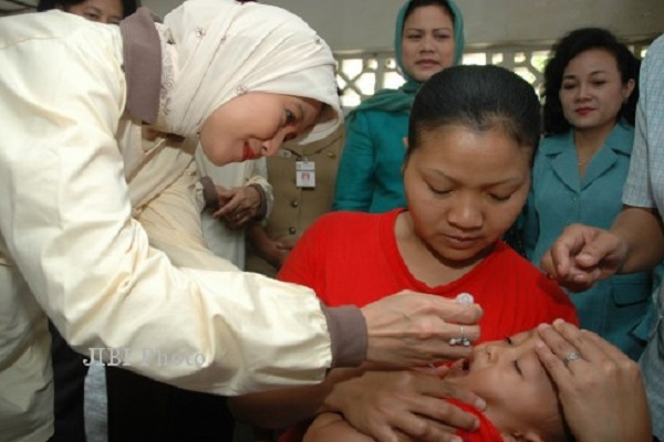 Sulit Imunisasi Anak, Sejumlah Ibu Mengadu ke Gubernur Jateng