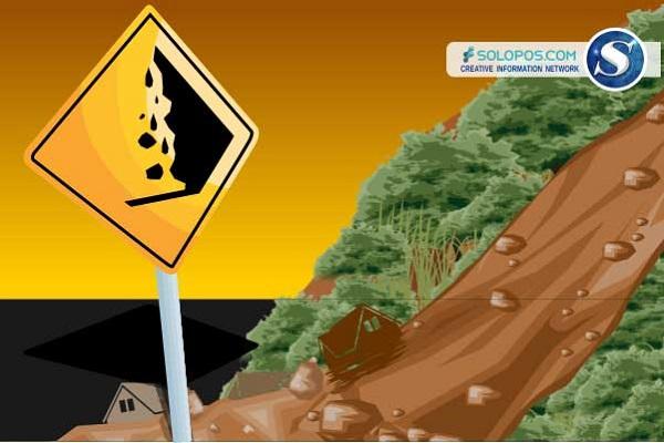 Hujan Deras Akibatkan Longsor di Tol Semarang-Solo