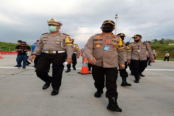 Operasi Ketupat Candi 2020 Diperpanjang, Penyekatan Kendaraan di Jateng Berlanjut