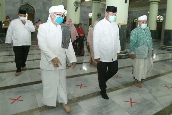 Semarang Buka Tempat Ibadah, Bisa Akad Nikah di Masjid!