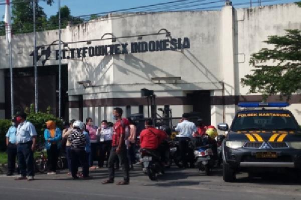 Karyawan PT Tyfountex Tuntut Pembayaran Gaji, Manajemen Tak Hadiri Mediasi