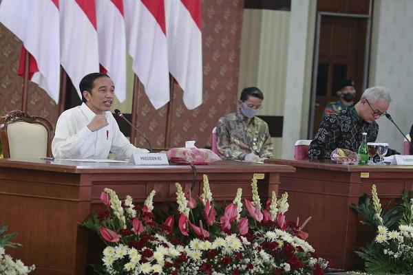 Jokowi Sindir Kepala Daerah Terapkan New Normal Tanpa Data & Pendapat Pakar