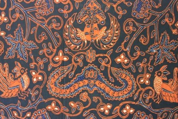 Batik Wahyu Tumurun Konon Pembawa Petunjuk