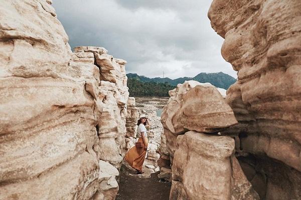 Eksotisnya Lubang Sewu, Grand Canyon Ala Wonosobo