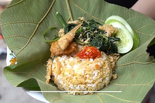 Sega Berkat, Makanan Khas Jateng Laris Manis di Jakarta