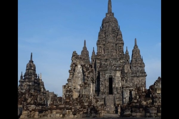 Kala Candi Sewu Tak Terkait Bandung Bondowoso & Roro Jonggrang