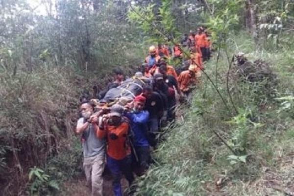 Tak Hanya Terkenal Karena Keindahannya, 6 Tempat di Pulau Jawa Ini Disebut Angker & Mistis
