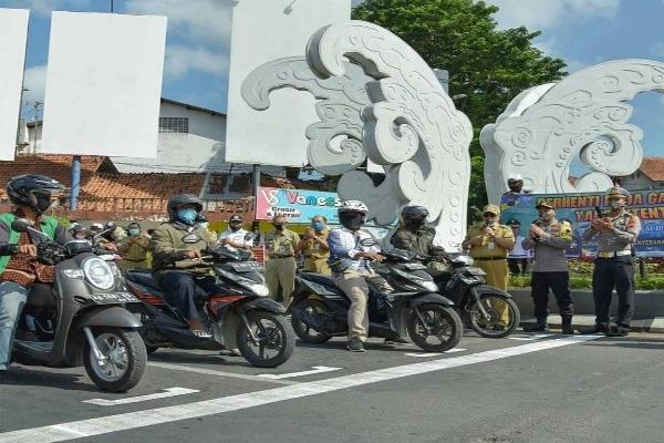 Kebumen Resmian Markah Mirip Garis Start Moto GP