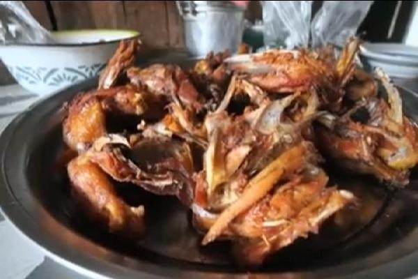 Ayam Goreng Mbah Tumbu Legendaris di Gunungkidul