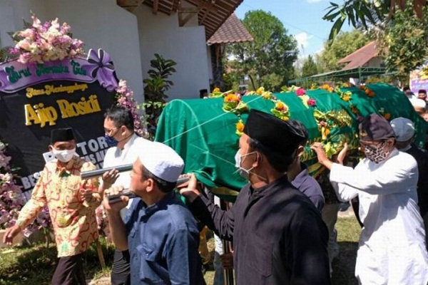 Budayawan Ajip Rosidi Tutup Usia di Magelang