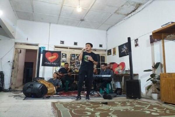Sobat Ambyar Solo Rutin Diskusikan Karya Didi Kempot