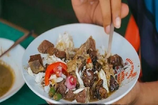 Nikmatnya Daging Kambing di Kedai Sate Klatak Mbah Margo Kulonprogo
