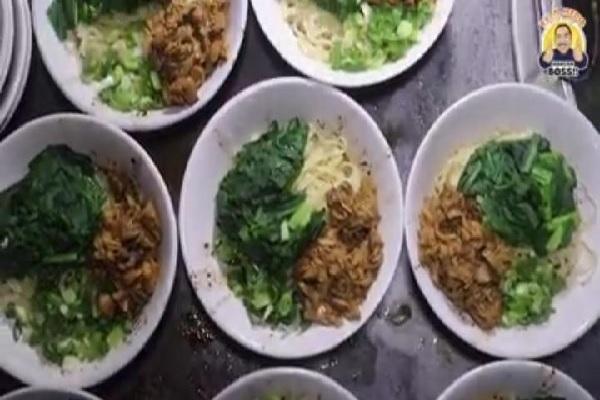 Coba Mi Ayam yang Buka 3 Kali Dalam Sepekan di Semarang