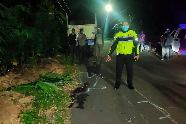 Adu Banteng Motor vs Truk di Semarang, Pengendara Tewas