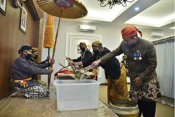 Kebumen Ritual Jamasan di Hari Jadinya Ke-391