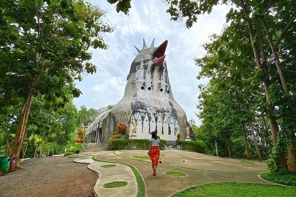 Gereja Ayam, Destinasi Wisata Penuh Toleransi