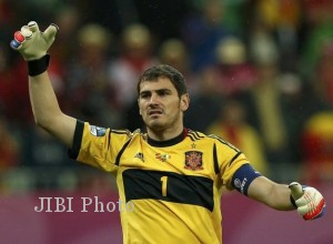 Kiper Legendaris Spanyol Iker Casillas Resmi Pensiun
