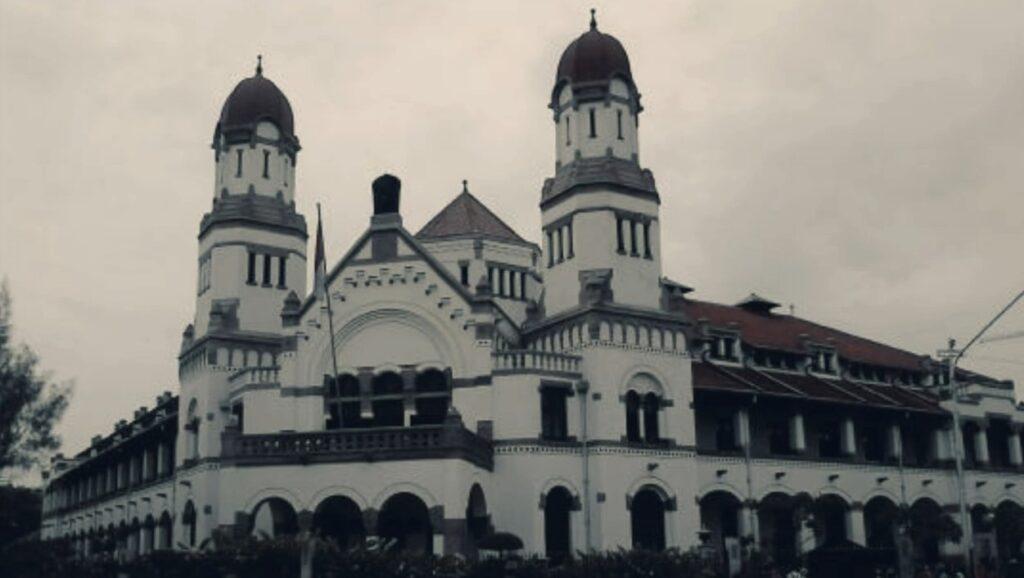 Urban Legend di Semarang, 9 Tempat Ini Dipercaya Angker