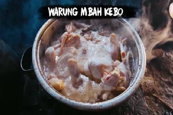 Mencicipi Masakan Ndeso di Warung Mbah Kebo Kulon Progo