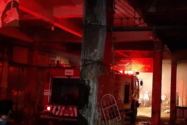 Pasar Terbesar di Purwokerto Dilanda Kebakaran, Kios Sembako Ludes
