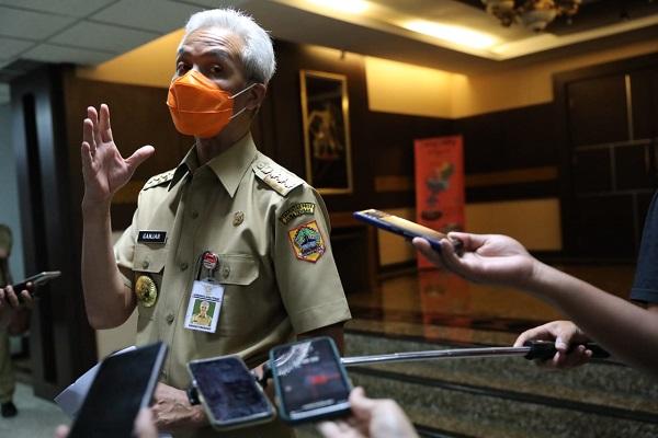 Ada Klaster Demo di Semarang, Ganjar Minta Pengunjuk Rasa Datang ke Disnakertrans