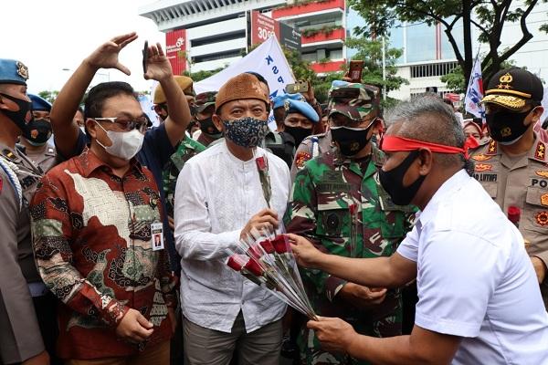 Apresiasi Aksi Damai, DPRD Jateng Minta Buruh Tunggu Draf UU Cipta Kerja