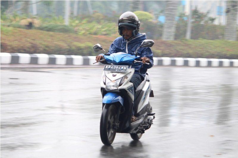 Ini Tips dari Honda Cara Rawat Motor saat Hujan
